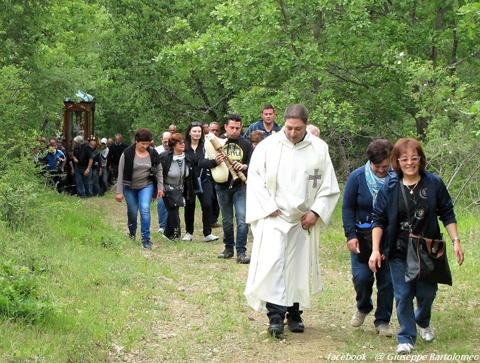 madonna-di-montauro-pentecoste-2015-sarconi-pz-1058356327527737_00023