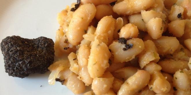 Tofette con Fagioli di Sarconi e tartufo nero di Marsicovetere