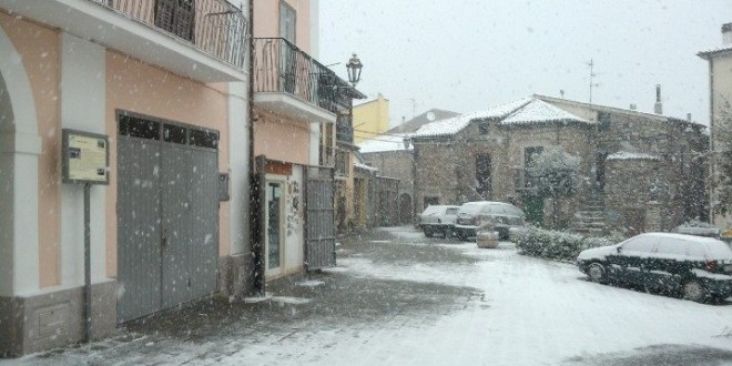Neve di Marzo a Sarconi (VIDEO)