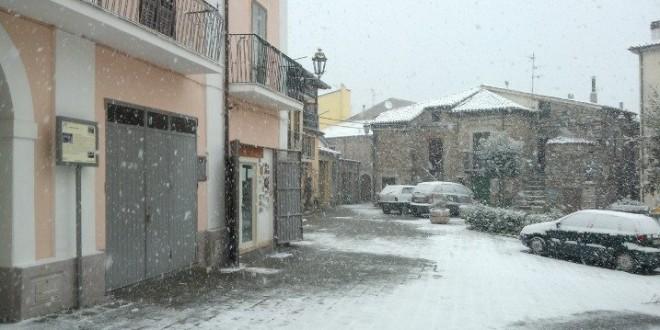 Neve di Marzo a Sarconi (VIDEO)