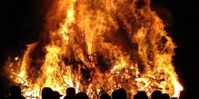 I Falò nella notte di San Giuseppe a Sarconi