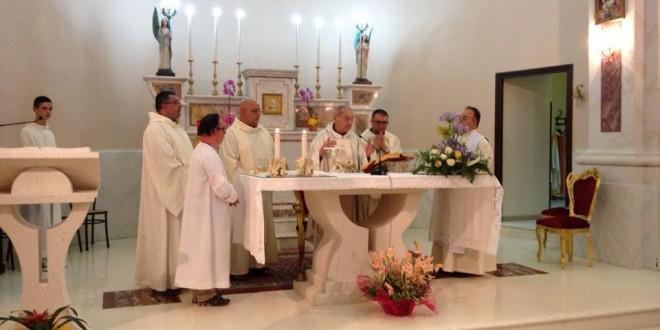 Don Vito Micucci festeggia i 57 anni di sacerdozio a Sarconi