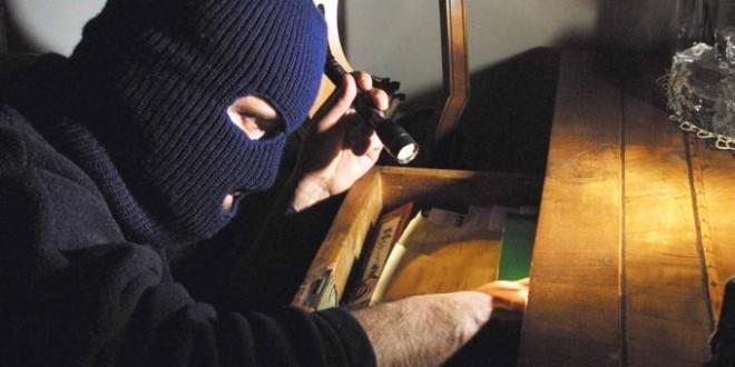 Sarconi: Tornano in azione i topi d'appartamento, quattro furti messi a segno in poche ore